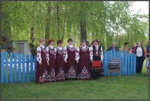 День Победы 9 Мая 2011 года. Торжественный митинг у братской могилы. (фото Г.Тарнавского)